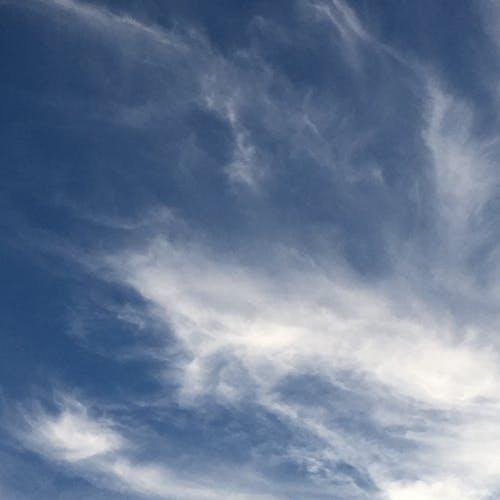 Free stock photo of blue sky, wispy cloud, wispy cloud blue sky