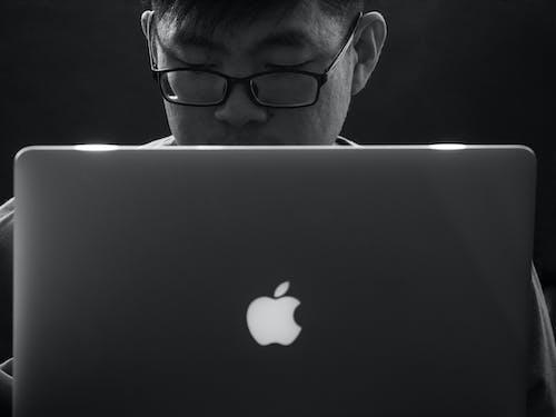 노트북, 블랙 앤 화이트, 사과, 일하는의 무료 스톡 사진