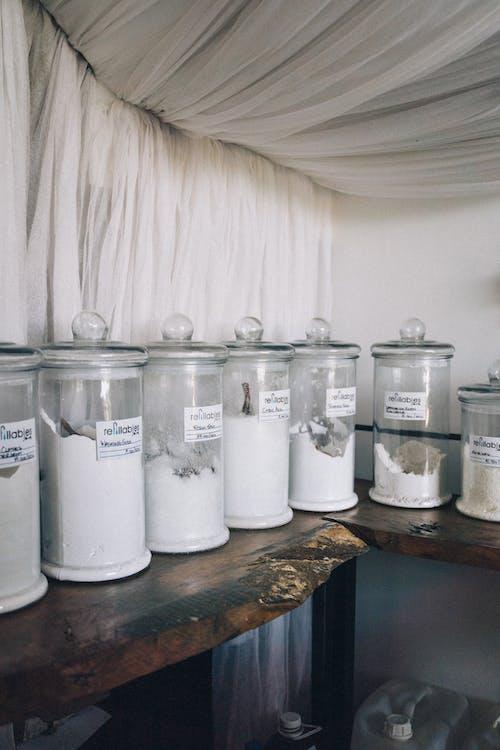 Fotos de stock gratuitas de almacenamiento de alimentos, claro, jarras de vidrio