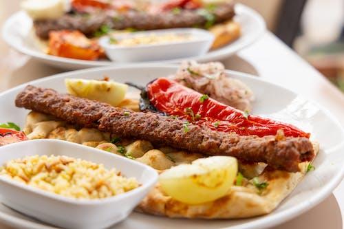 Fotos de stock gratuitas de albóndigas, almuerzo, arroz