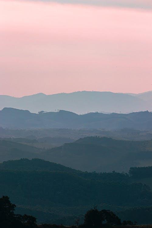 Foto d'estoc gratuïta de a l'aire lliure, alba, capvespre