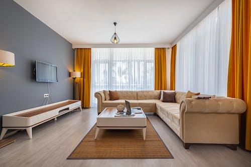 Бесплатное стоковое фото с атмосфера, в помещении, гостиная