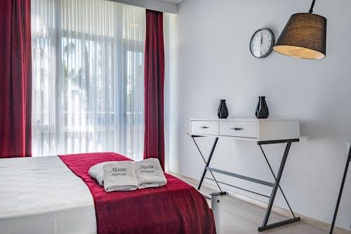Бесплатное стоковое фото с абажур, в помещении, гостиница