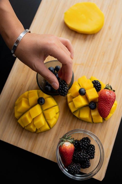 Immagine gratuita di blackberry, cibo sano, ciotola