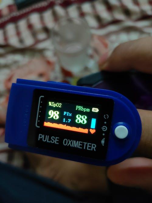 Free stock photo of oxigen check, oximeter, oxygen meter