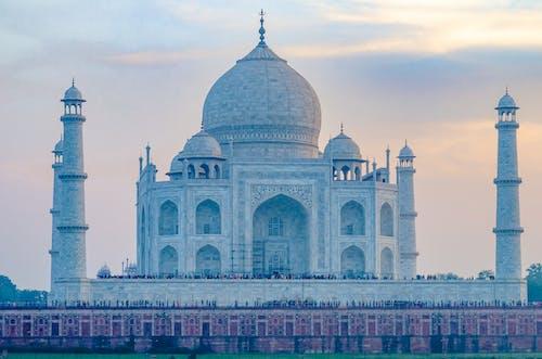 Close Up View of the Amazing Taj Mahal