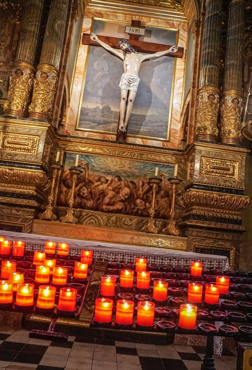 Fotos de stock gratuitas de altar, Iglesia, interior de la iglesia