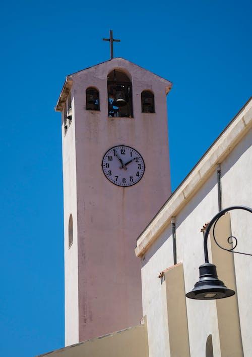 Fotos de stock gratuitas de Iglesia, reloj grande, Torre de iglesia