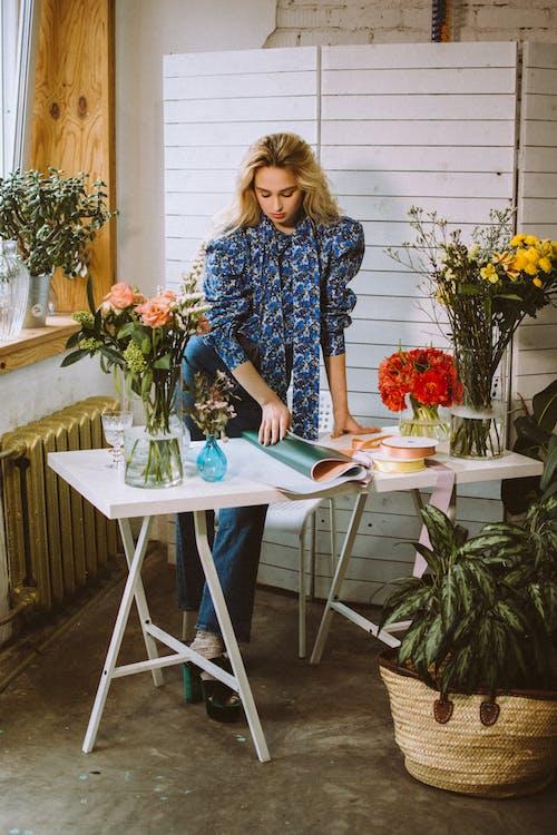 คลังภาพถ่ายฟรี ของ กระดาษ, การจัดดอกไม้, การตกแต่ง