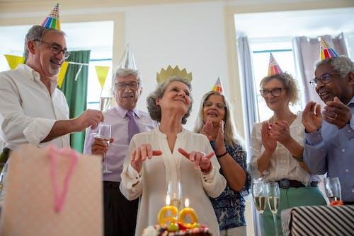 Immagine gratuita di 60 anni, adulto, amore