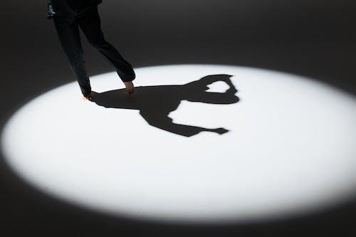 Ingyenes stockfotó akció, álló kép, árnyék témában
