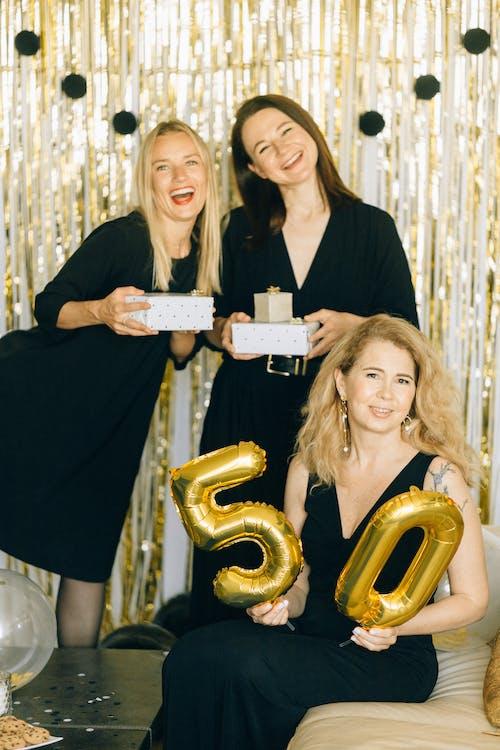 Ingyenes stockfotó álló kép, aranysárga, barátok témában