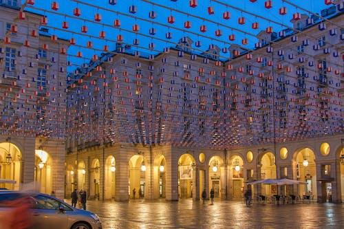 Foto stok gratis alun-alun, Arsitektur, lengkungan, malam