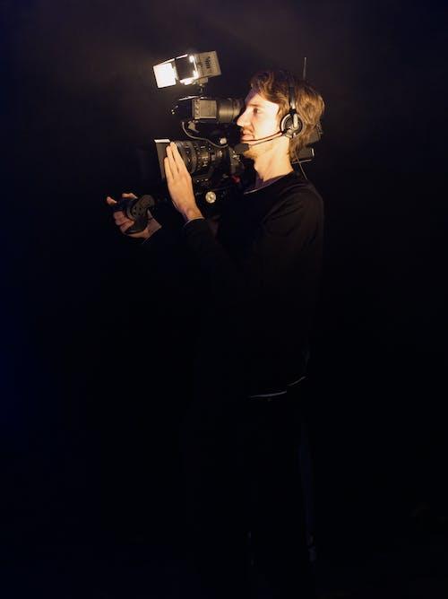 Foto profissional grátis de atividade, câmera, cameraman, equipamentos de câmera