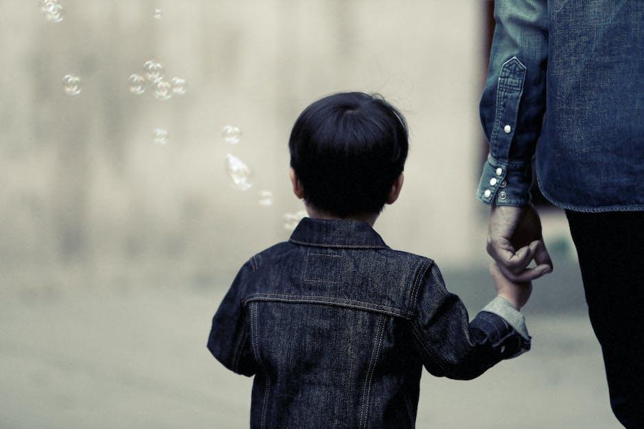 9 พฤติกรรมที่พ่อแม่ควรเลิกทำ ถ้าอยากให้ลูกเป็นเด็กไม่รู้จักโต