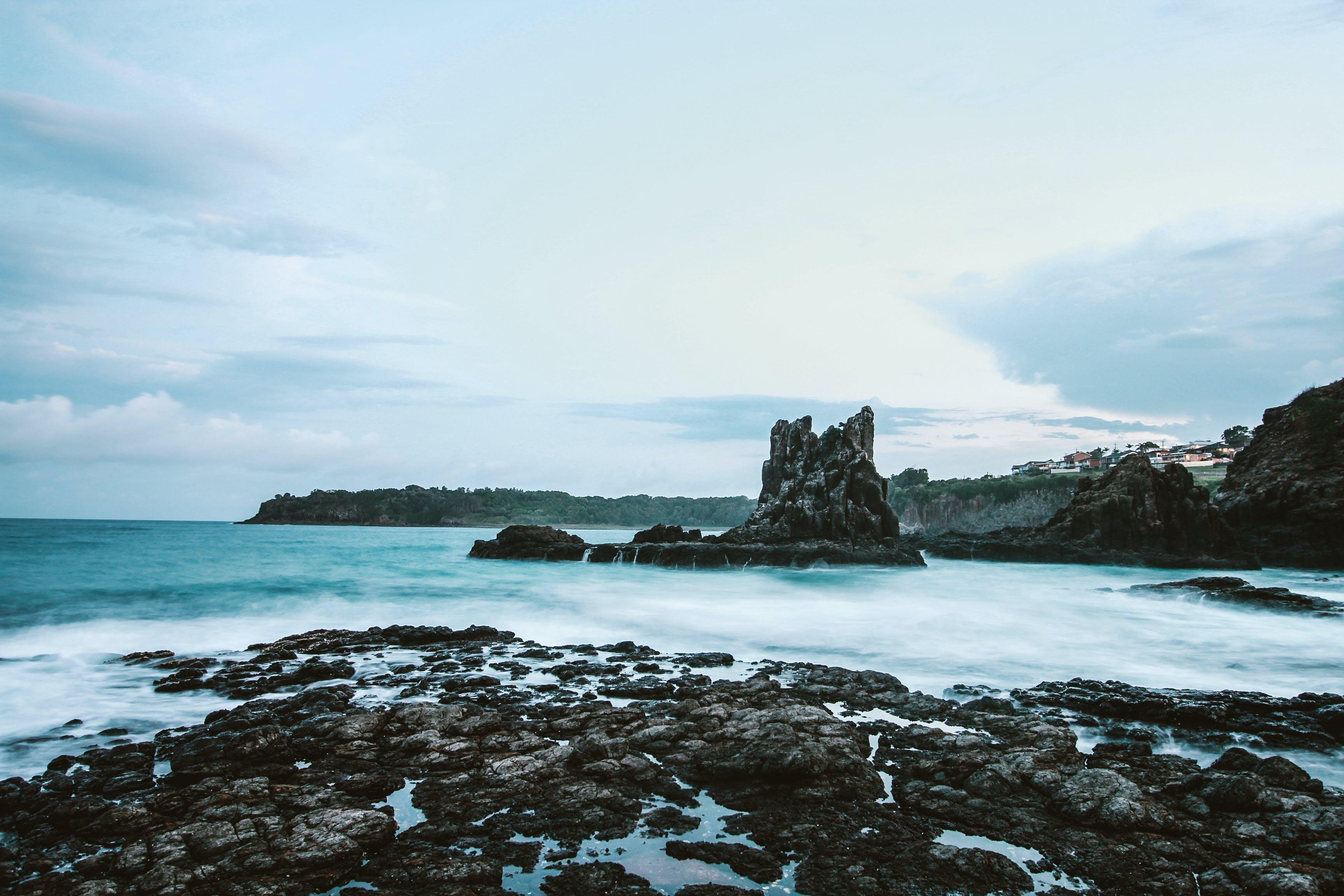 Fotobanka sbezplatnými fotkami na tému katedrálne skaly, kiama, krajina pri mori, kývať