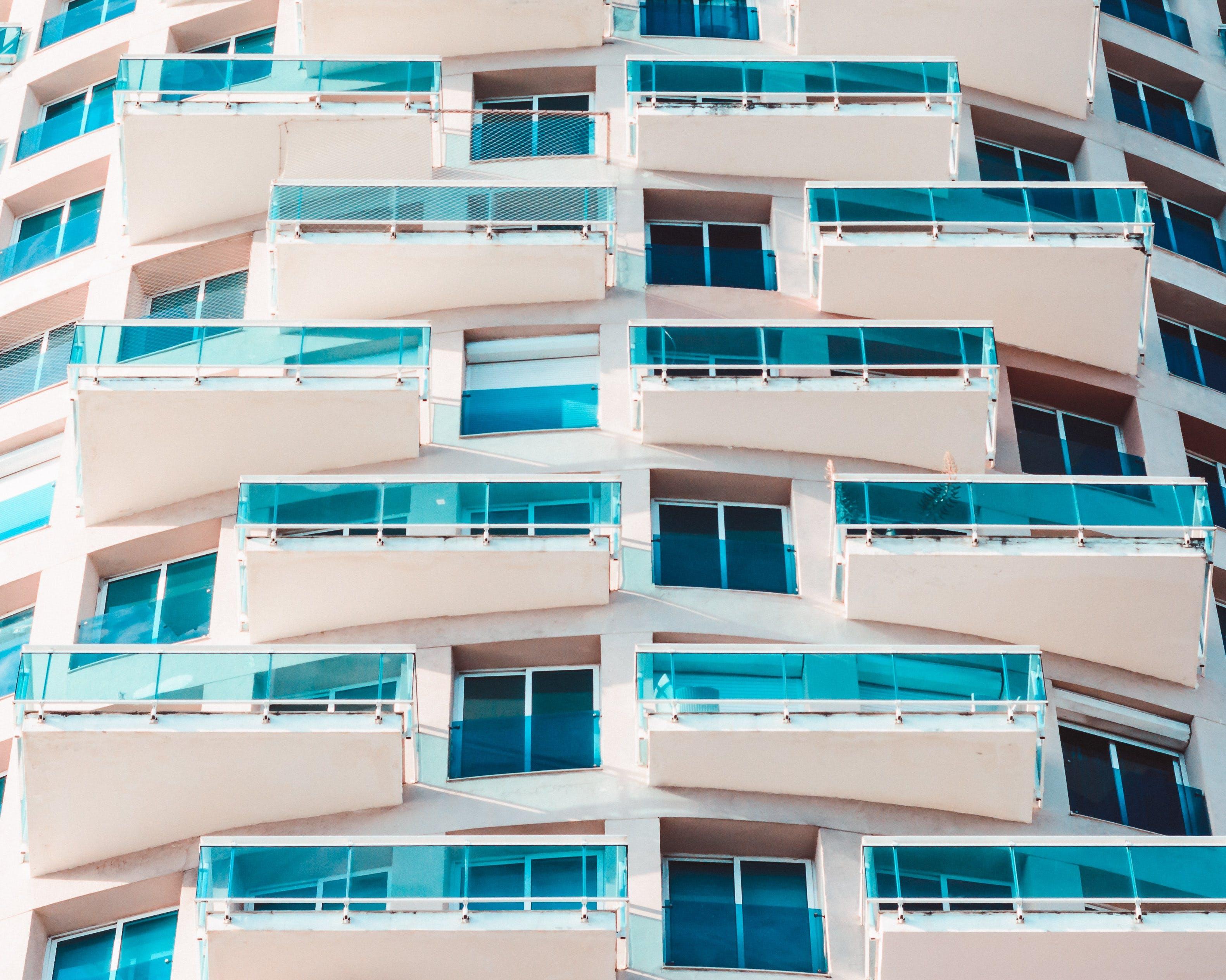Foto d'estoc gratuïta de acer, alt, arquitectura, articles de vidre