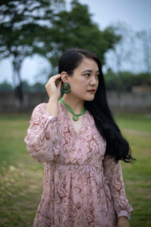 Fotos de stock gratuitas de actitud, al aire libre, asiática