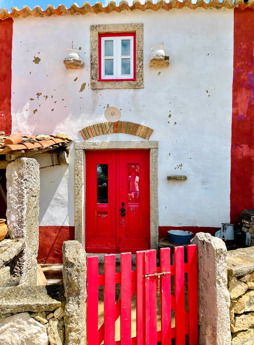 Free stock photo of beautiful, cozy home, red door