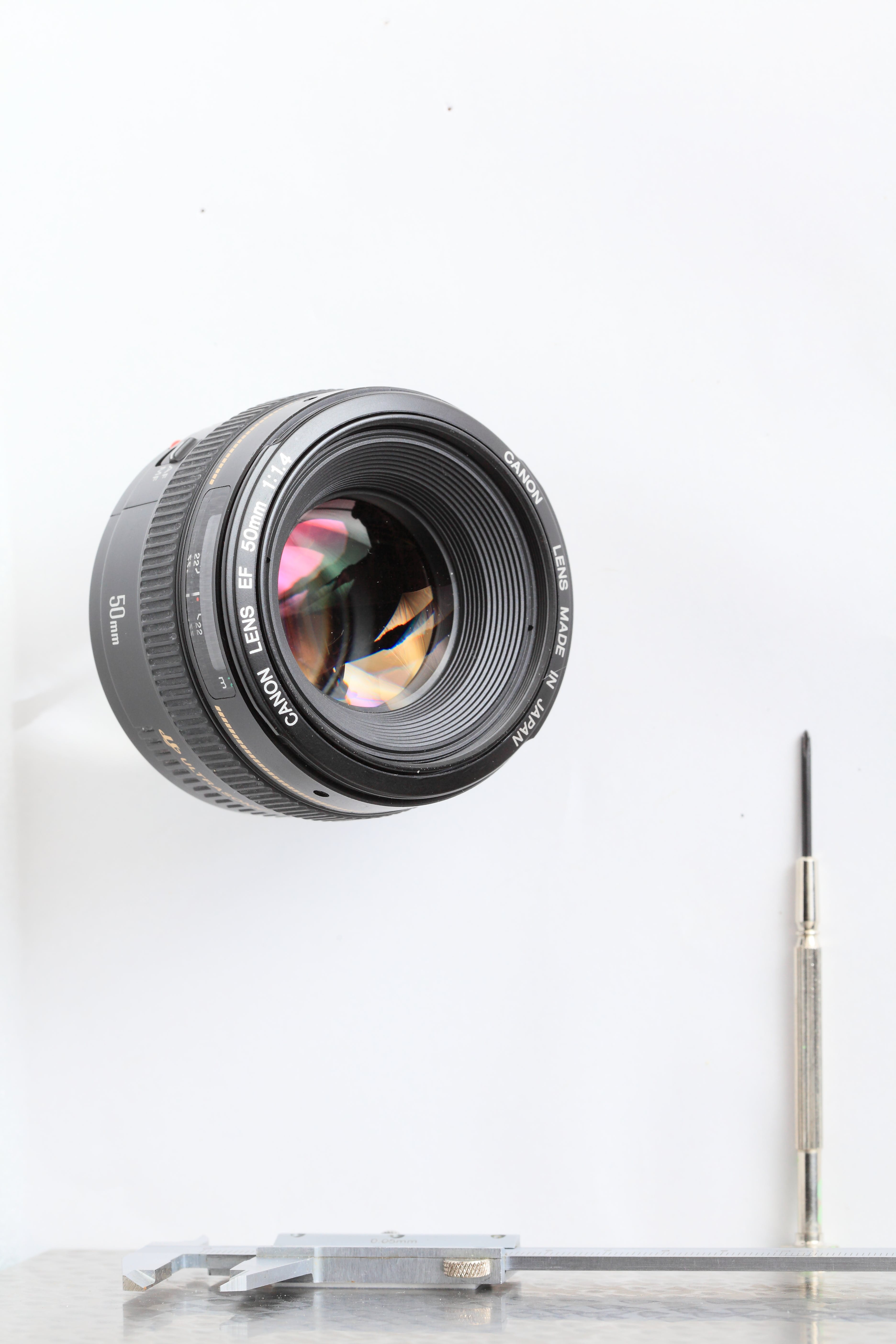 Free stock photo of lens, white, canon, driver