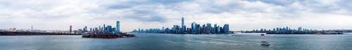 Gratis lagerfoto af bugt, by, bygninger, hav
