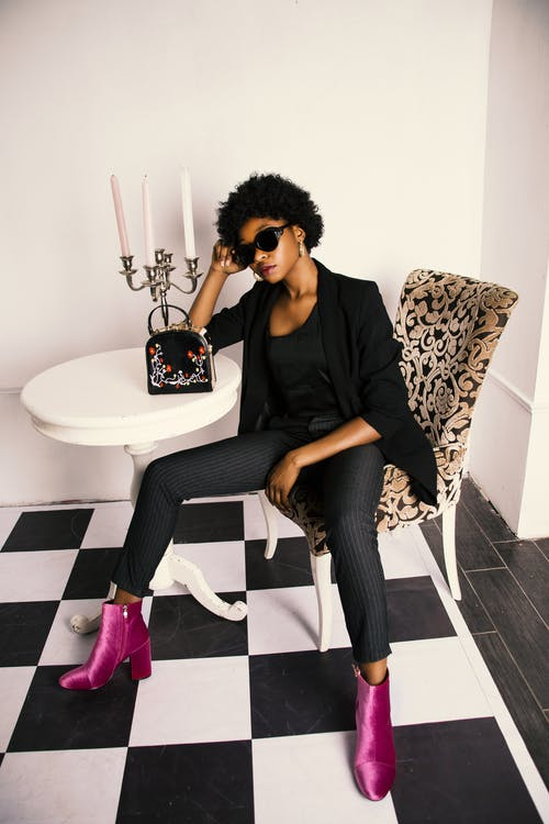 Základová fotografie zdarma na téma afroameričanka, barva, černá holka, černobílá