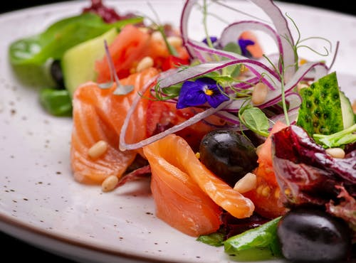 Fresh Salmon Sushi with Mix Vegetables