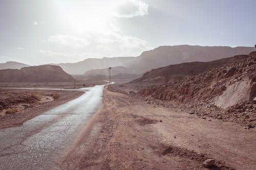 Foto d'estoc gratuïta de capvespre, Israel, marró, muntanyes
