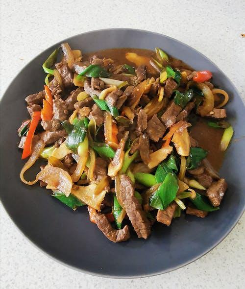 Foto stok gratis blog makanan, daging sapi daun bawang, daging sapi jahe