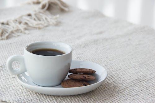 クッキー, コーヒー, コーヒーカップの無料の写真素材