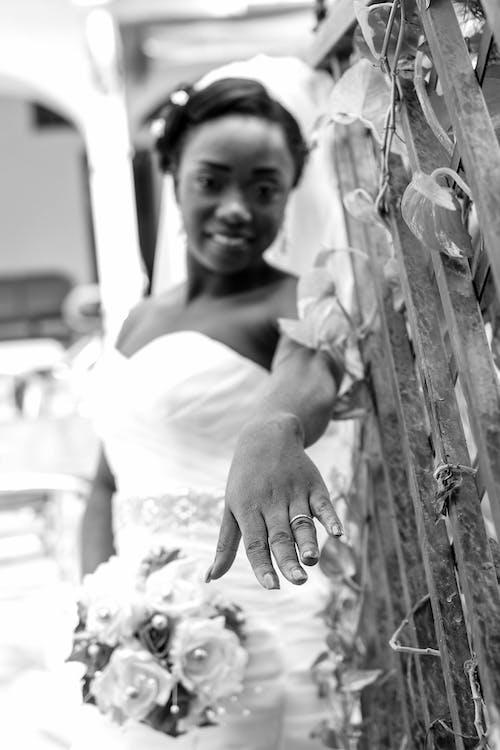 คลังภาพถ่ายฟรี ของ ขาวดำ, ชุดเจ้าสาว, ชุดแต่งงาน