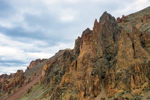 Gratis arkivbilde med erosjon, fjell, fottur