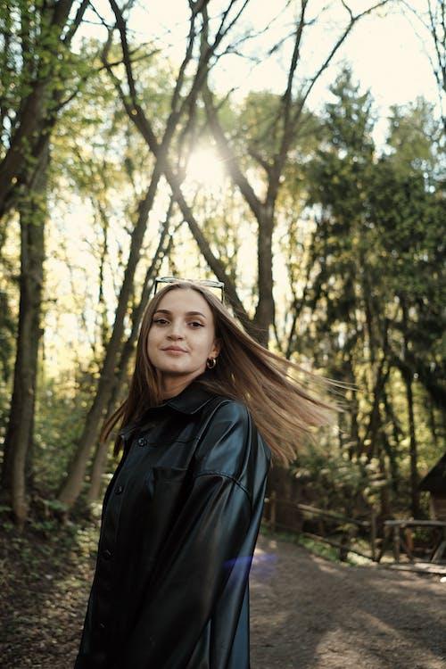 Imagine de stoc gratuită din arbori, copaci, femeie