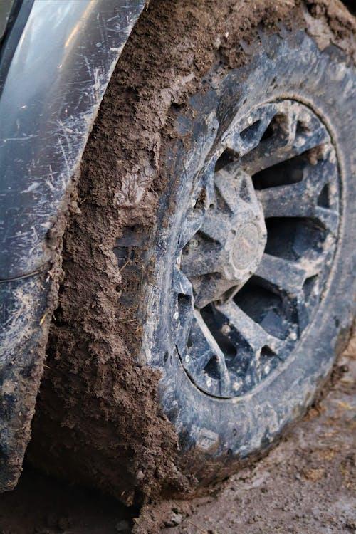 4×4, さびた, タイヤの無料の写真素材