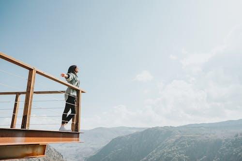 Gratis lagerfoto af bjerg, eventyr, folk