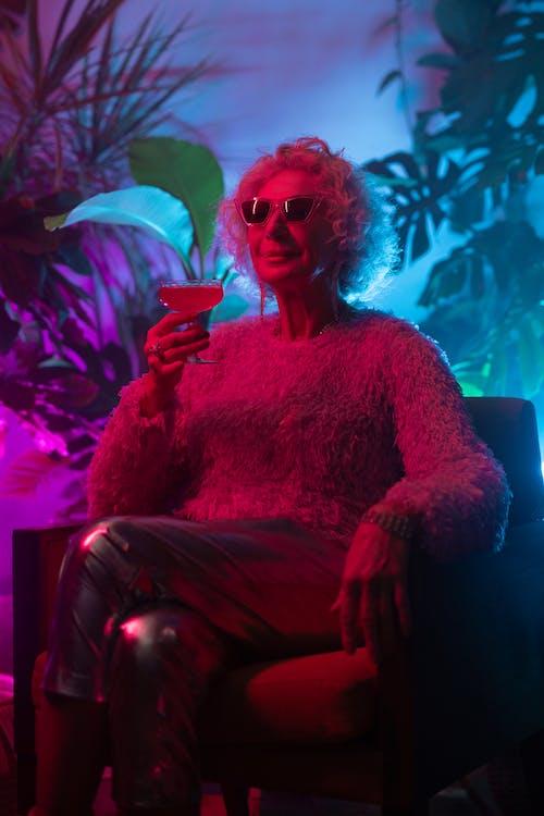Бесплатное стоковое фото с активная бабушка, беззаботный, вечеринка