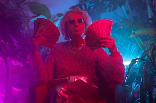 Бесплатное стоковое фото с активная бабушка, богатый, внешний вид