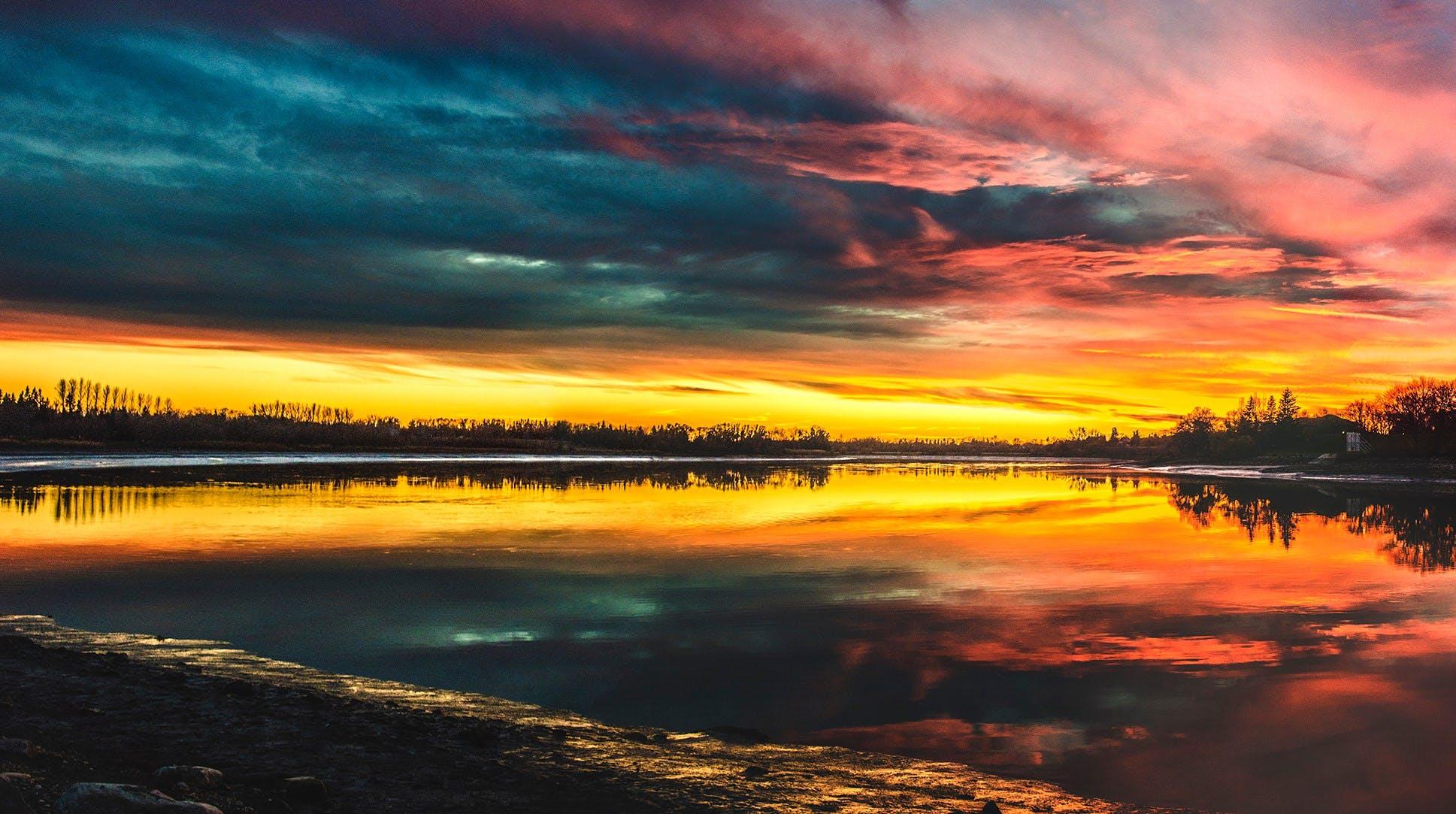 akşam, bulutlar, deniz, doğa içeren Ücretsiz stok fotoğraf