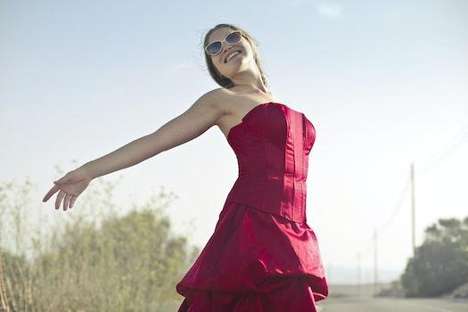 Free stock photo of fashion, sunglasses, woman, street