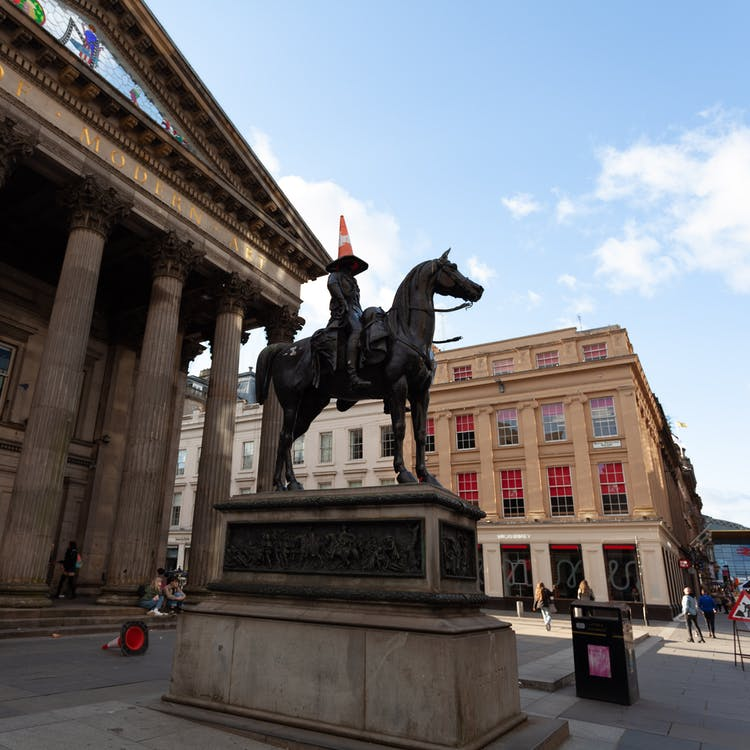 Immagine gratuita di arte, galleria d'arte, statua del cavallo