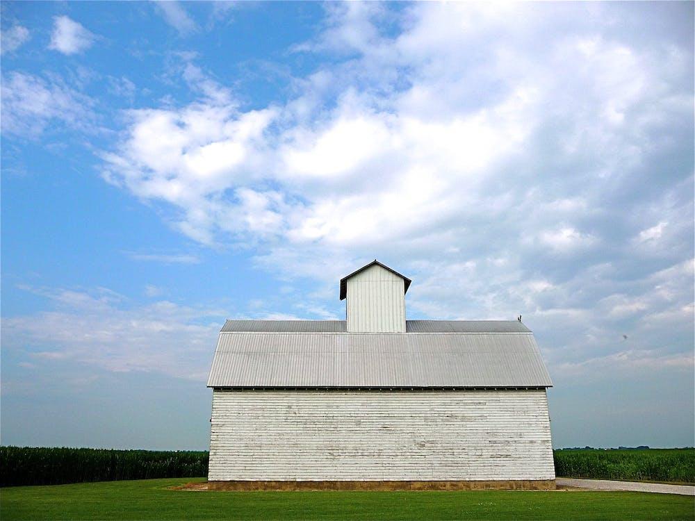 akkerland, architectuur, bewolkt