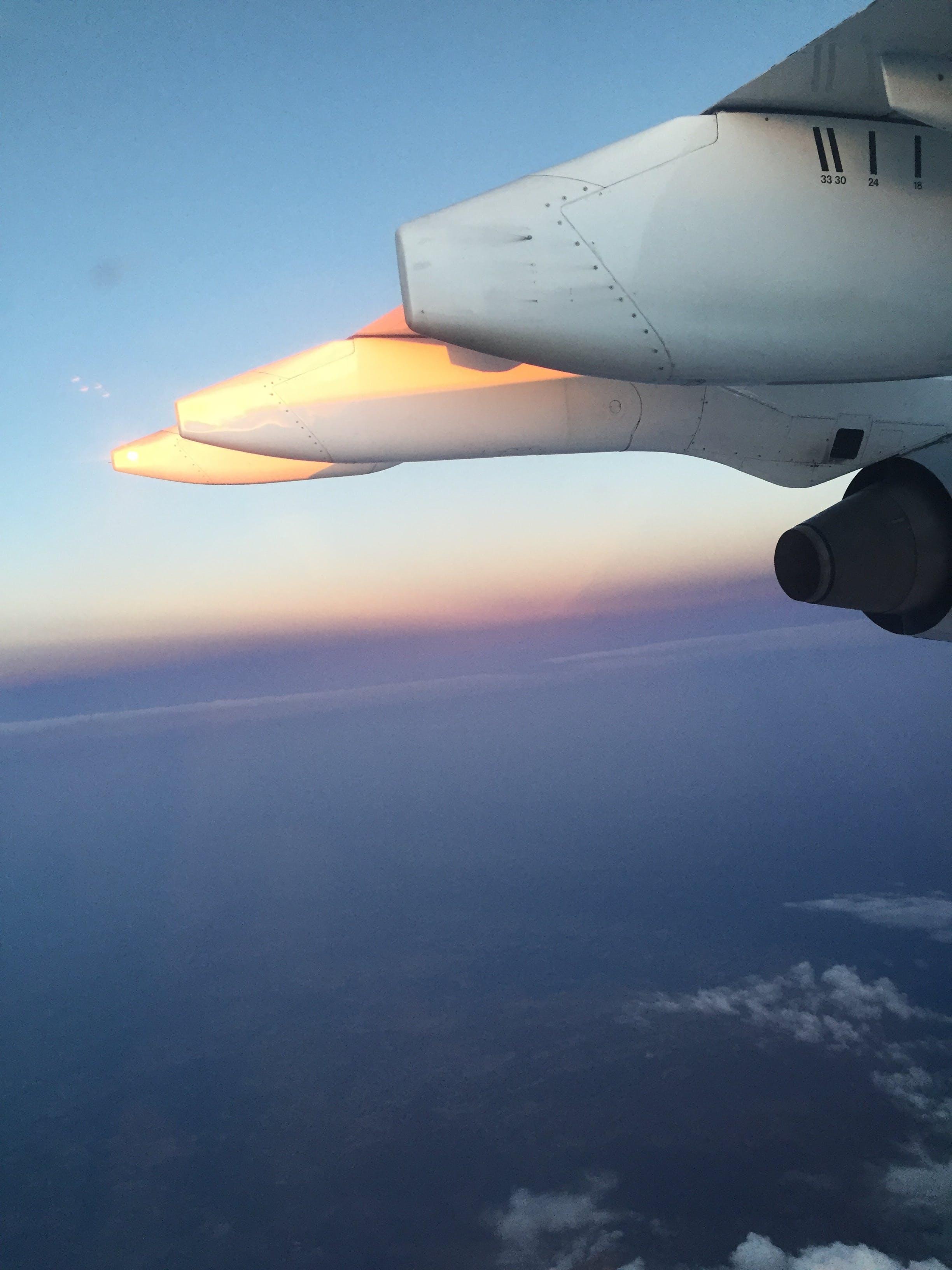 Kostenloses Stock Foto zu flugzeuge, himmel, luft, wolken