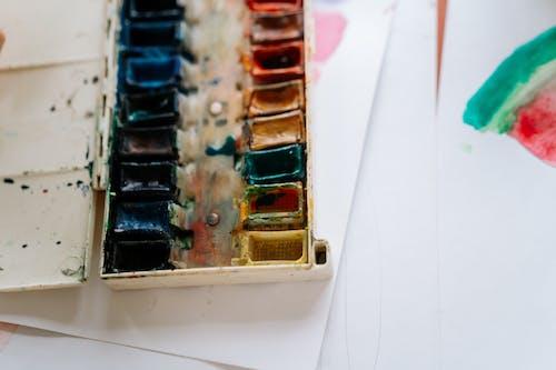 Kostenloses Stock Foto zu aquarellmalerei, bunt, draht