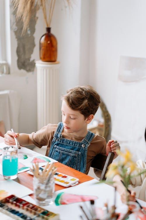 Kostenloses Stock Foto zu aquarell, drinnen, familie