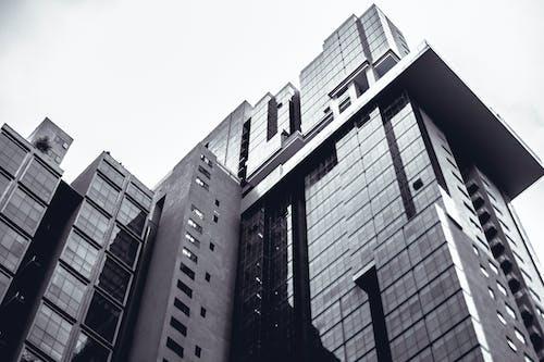 Immagine gratuita di architettura moderna, argento, condominio, design architettonico