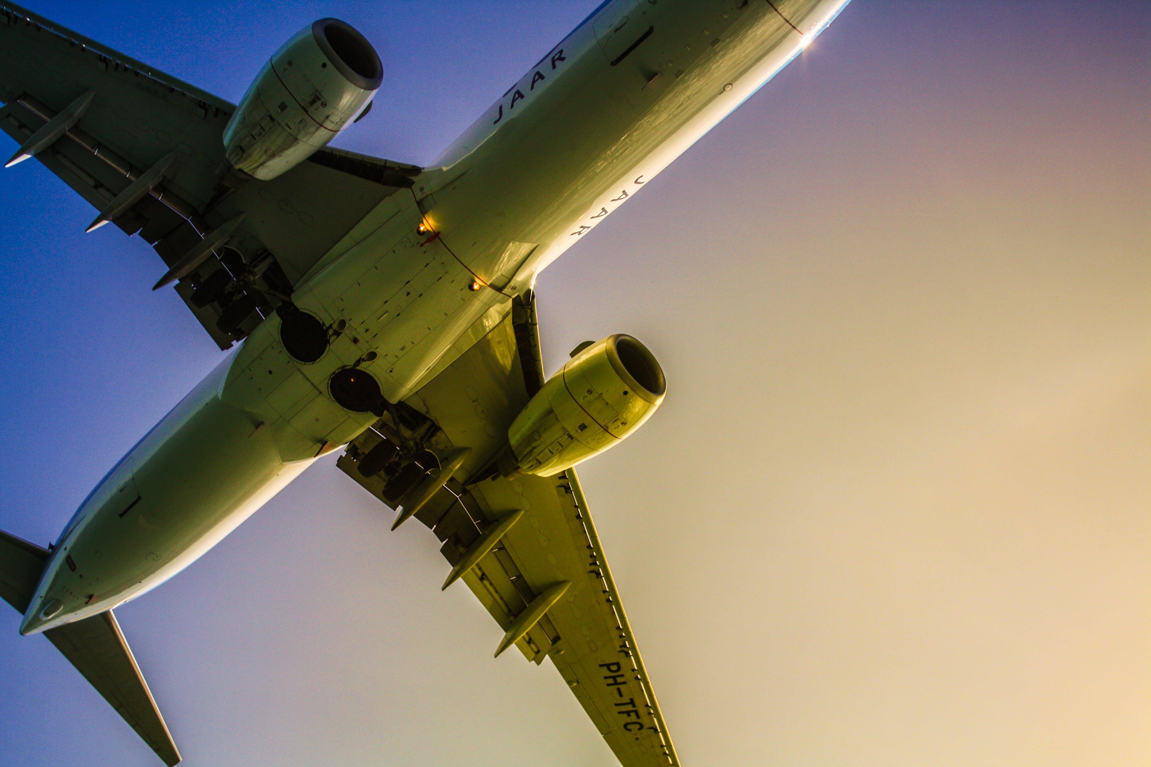Gratis stockfoto met aviate, fotografie met lage hoek, hemel, hoog