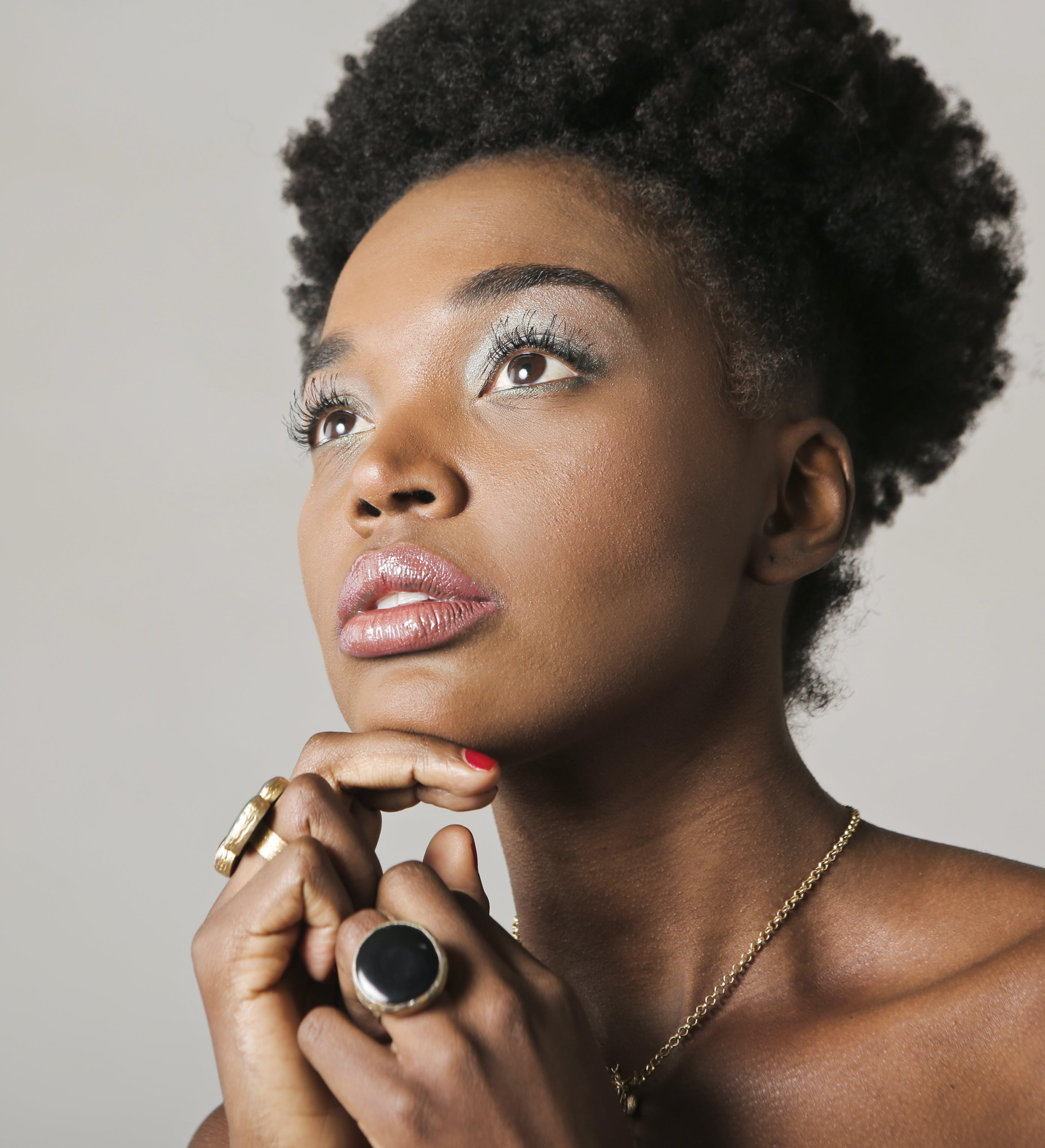 アダルト, アフリカ系アメリカ人女性, アフロ, エレガントの無料の写真素材