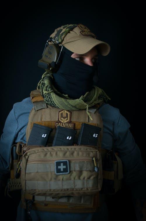 Foto stok gratis dewasa, helm, keamanan