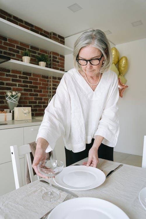 Foto stok gratis chef, dalam ruangan, dapur