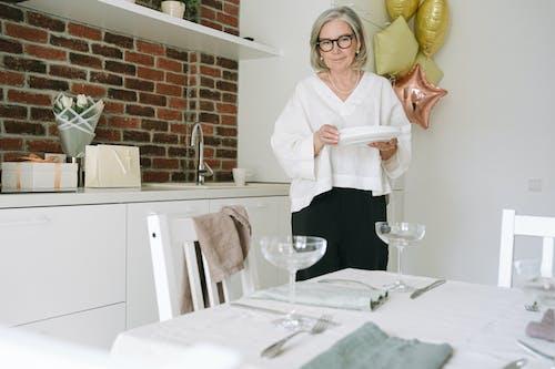 Foto stok gratis bangku, dalam ruangan, dapur